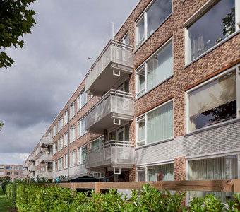 Renovation of façades in Utrecht neighbourhood of overvecht